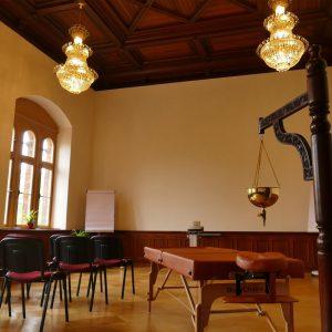 Theorie und Praxis des Ayurveda in den Seminarräumen des Ayurveda Campus
